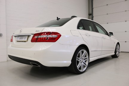 Mercedes-Benz E Class E250 CDI Sport with Panoramic Roof and Navigation 5