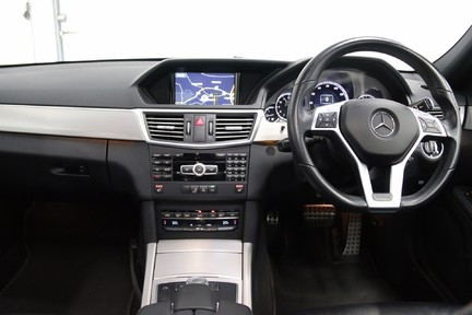 Mercedes-Benz E Class E250 CDI Sport with Panoramic Roof and Navigation 12