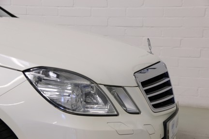 Mercedes-Benz E Class E250 CDI Sport with Panoramic Roof and Navigation 23