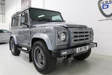 Land Rover Defender 90 TD XS Station Wagon / Rare Auto Box and Twisted Perf Upgrades 2