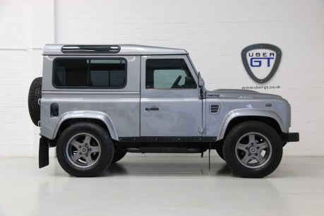 Land Rover Defender 90 TD XS Station Wagon / Rare Auto Box and Twisted Perf Upgrades