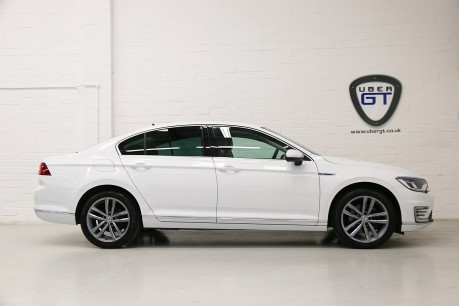 Volkswagen Passat GTE, Only One Owner with a Great Specification and FSH