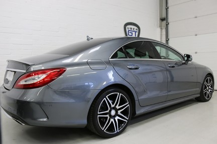Mercedes-Benz CLS CLS400 AMG Line, One Owner with FMBSH 5