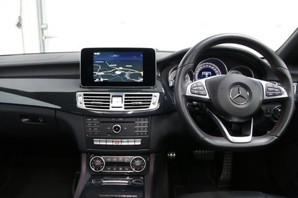 Mercedes-Benz CLS CLS400 AMG Line, One Owner with FMBSH 14