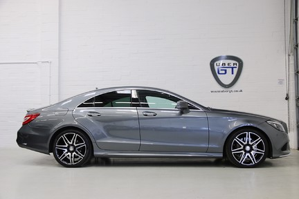 Mercedes-Benz CLS CLS400 AMG Line, One Owner with FMBSH 1