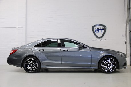 Mercedes-Benz CLS CLS400 AMG Line, One Owner with FMBSH