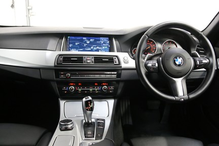 BMW 5 Series 535i ActiveHybrid M Sport with a High Specification and FSH 18