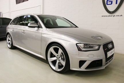 Audi RS4 RS4 Avant FSI Quattro with a Massive Spec and FASH 2