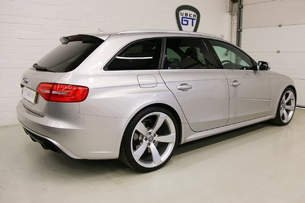 Audi RS4 RS4 Avant FSI Quattro with a Massive Spec and FASH 5