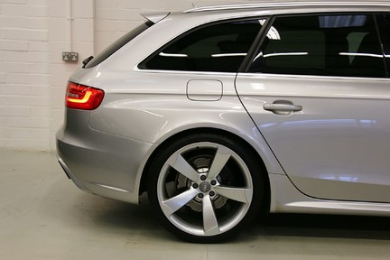 Audi RS4 RS4 Avant FSI Quattro with a Massive Spec and FASH 20