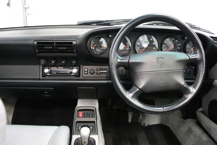 Porsche 911 993 Targa Manual in Wonderful Condition with a Terrific History 22