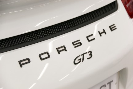 Porsche 911 GT3 with a Great Spec and Porsche Warranty until July 2020. 15
