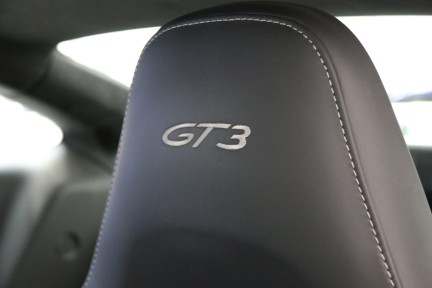Porsche 911 GT3 with a Great Spec and Porsche Warranty until July 2020. 19