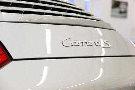 Porsche 911 997.2 Carrera 2S Manual in Amazing Condition and Drivers Specification 14