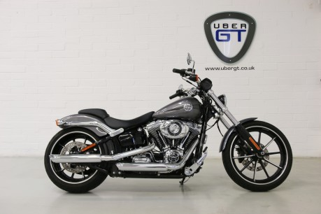 Harley-Davidson Breakout FXSB 103 BREAKOUT 1690 15 Video