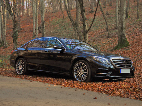 Mercedes & The S Class: An Automotive Pioneer