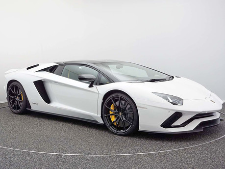 Big Motoring World's Supercar Spotlight: Lamborghini Aventador LP 740-4 S Roadster