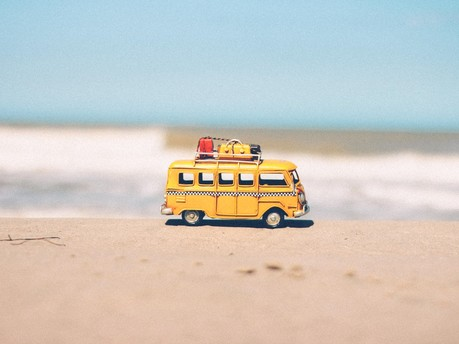 Summer holidays - how to survive long car journeys with kids