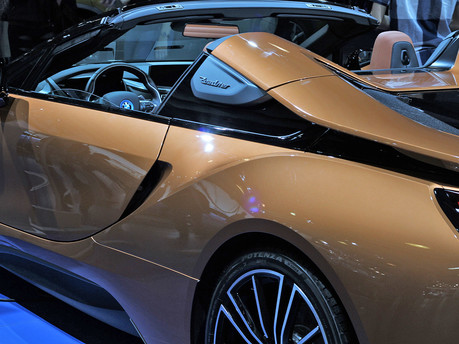 Eco style and substance, the new BMW i8 Roadster