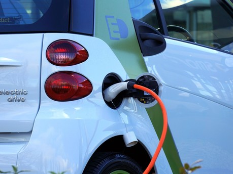 Financial markets are backing electric