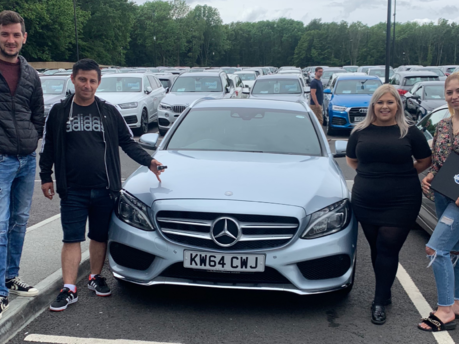 Big Motoring World Review: Friendly and Helpful Staff!