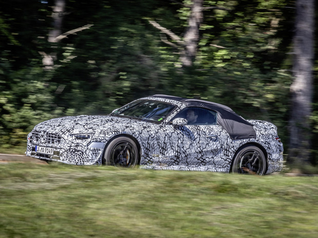 Mercedes-Benz reveals first official images of new SL