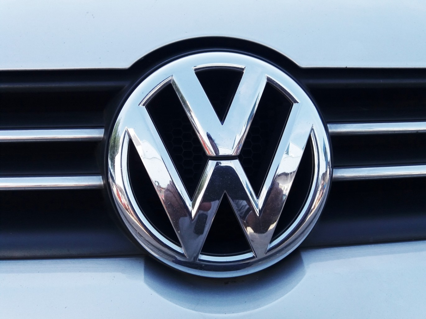 Your guide to volkswagen cars big motoring world volkswagen cars known in short as vw can be seen on every road of every country in the world biocorpaavc Images