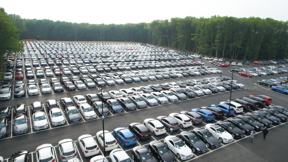 Big Motoring World - Thousands of Used Cars - Low Prices