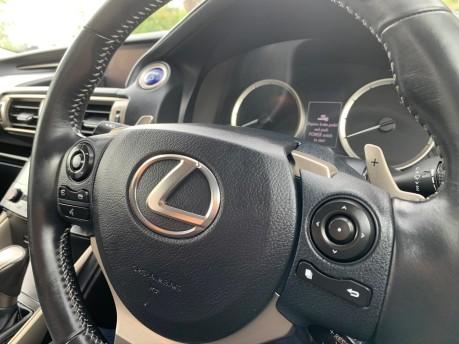 Lexus Is 300H LUXURY