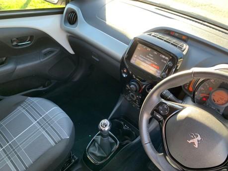 Peugeot 108 PURETECH ALLURE