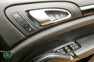 Porsche Cayenne 3.0 TD PLATINUM EDITION V6 TIPTRONIC 39