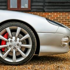 Aston Martin DB7 VANTAGE 1