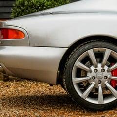 Aston Martin DB7 VANTAGE 2