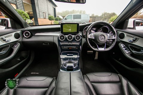 Mercedes-Benz C Class AMG C63 8