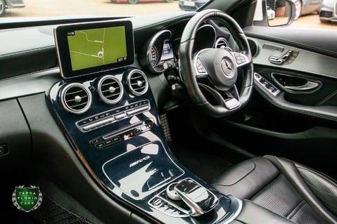 Mercedes-Benz C Class AMG C63 47