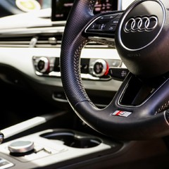 Audi A5 TFSI S LINE 1