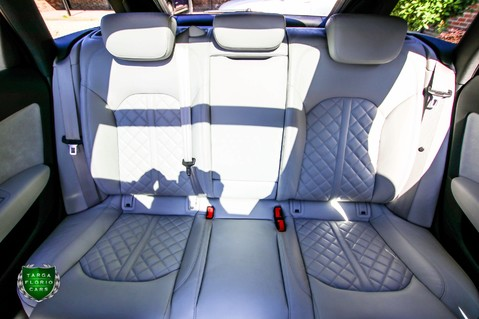 Audi A6 AVANT V6 BiTDI QUATTRO BLACK EDITION 52