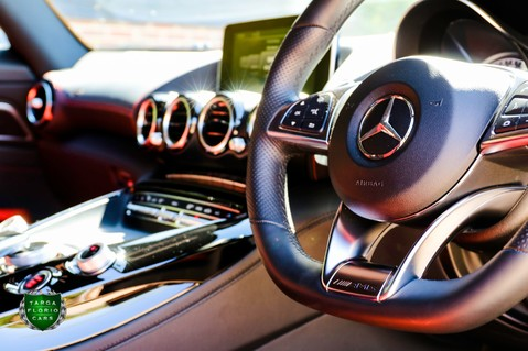 Mercedes-Benz Amg GT PREMIUM 57
