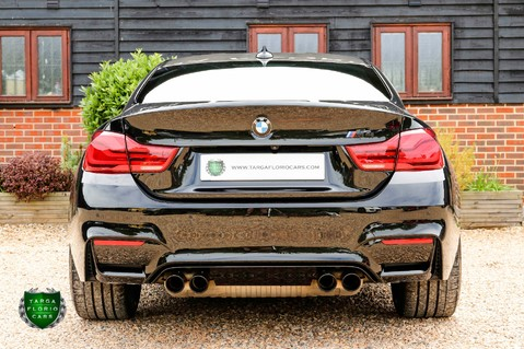 BMW M4 COMPETITION PACK 35