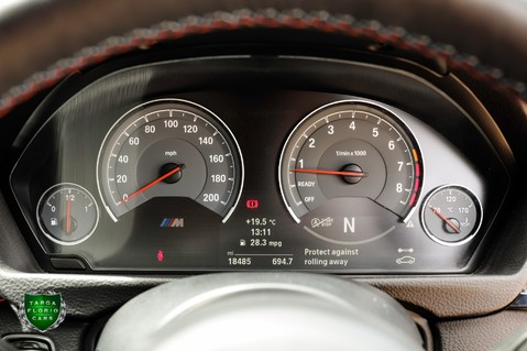 BMW M4 COMPETITION PACK 53