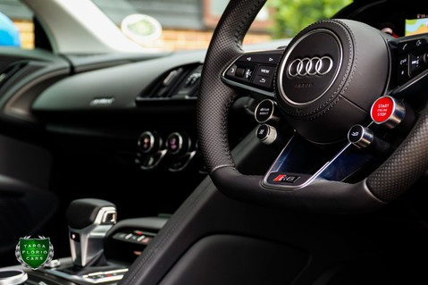 Audi R8 V10 QUATTRO 9