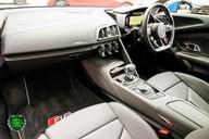 Audi R8 V10 QUATTRO 11