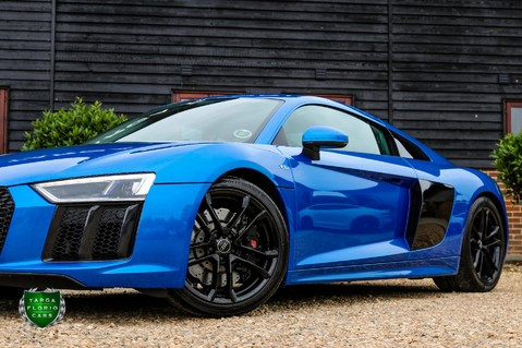 Audi R8 V10 QUATTRO 5