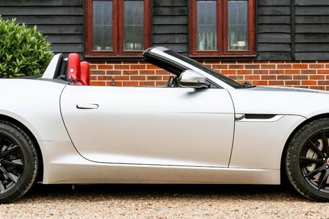 Jaguar F-Type V6 16