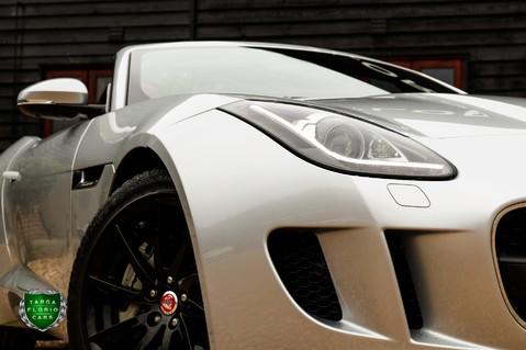 Jaguar F-Type V6 21