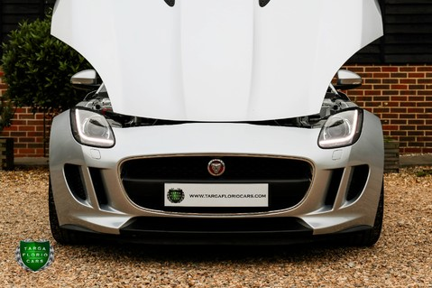 Jaguar F-Type V6 23