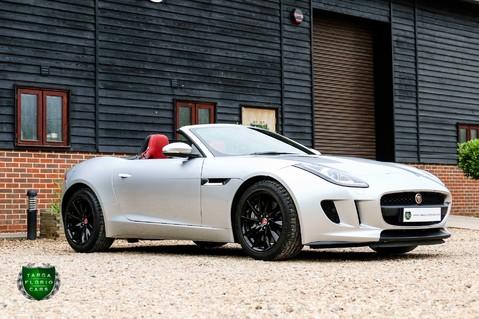 Jaguar F-Type V6 25