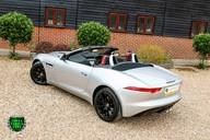 Jaguar F-Type V6 33
