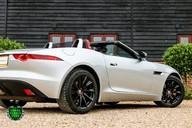 Jaguar F-Type V6 42