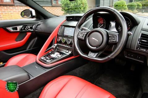 Jaguar F-Type V6 55